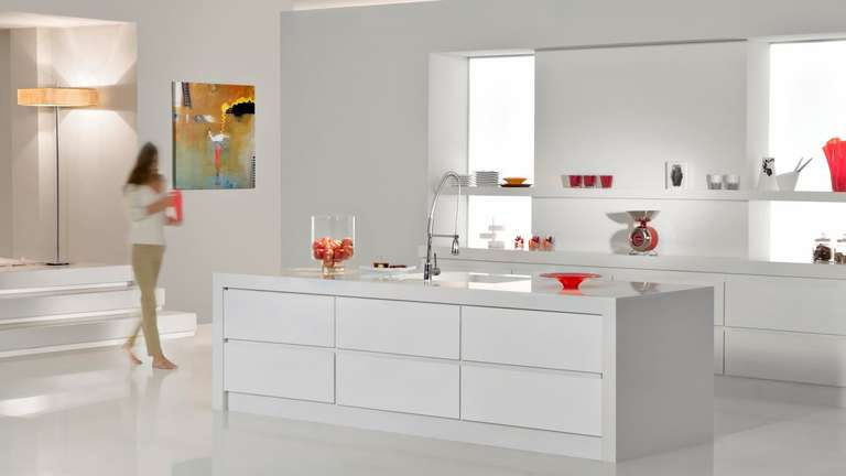 Caesarstone Snow kitchen benchtop